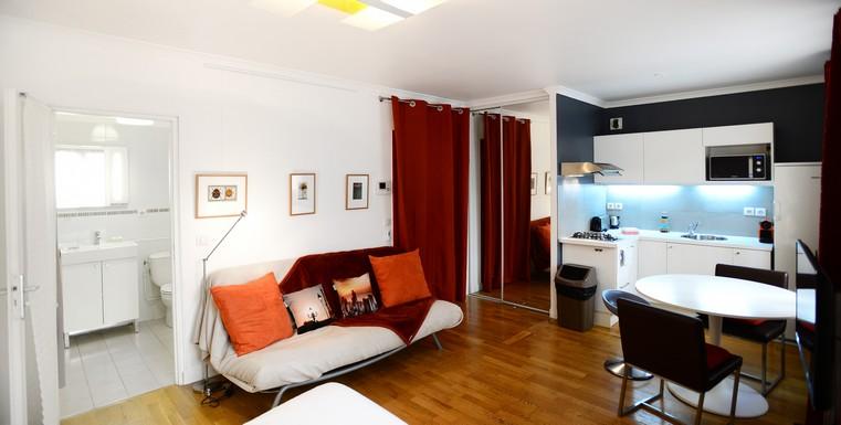 location vacances lyon 6 studio meubl t te d 39 or appart 39 ambiance. Black Bedroom Furniture Sets. Home Design Ideas