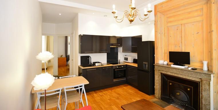 meubl lyon 6 t3 courte dur e parc de la t te d 39 or appart 39 ambiance. Black Bedroom Furniture Sets. Home Design Ideas