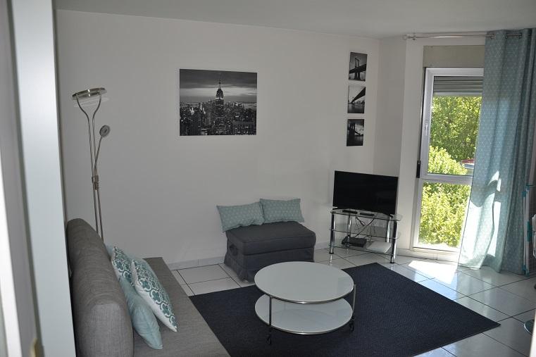 appartement meubl lyon 6 studio charpennes appart 39 ambiance. Black Bedroom Furniture Sets. Home Design Ideas